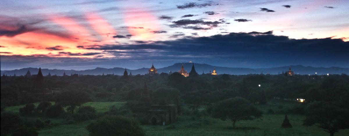 Potovanje v Myanmar: Sončni zahod v Baganu