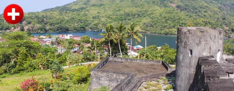 Trdnjava je le del burne zgodovine majhnih otočkov Banda.
