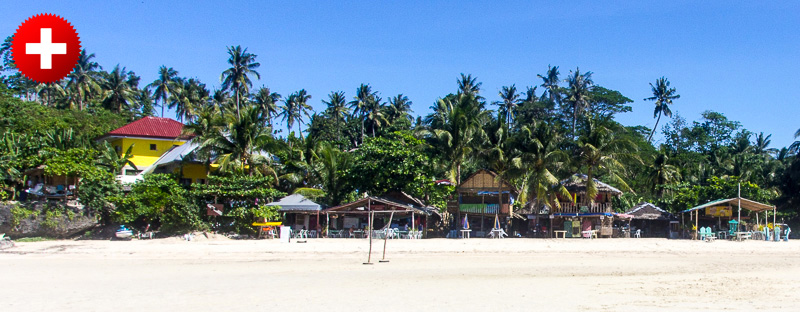 Čudovita bela plaža v zalivu Santiago (Santiago bay) na otoku Camotes.