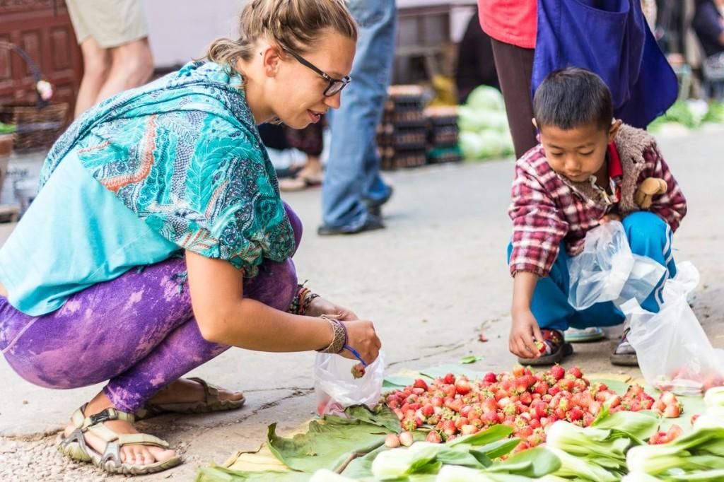 Potovanje na Tajsko pa lahko ponudi tudi pristno izkunjo v gorskih vasicah. Tale je iz mesta Mae Salong na severu države.