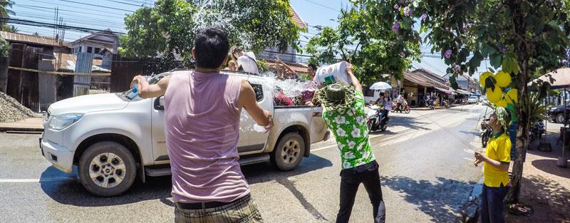 Praznovanje novega leta v Laosu.