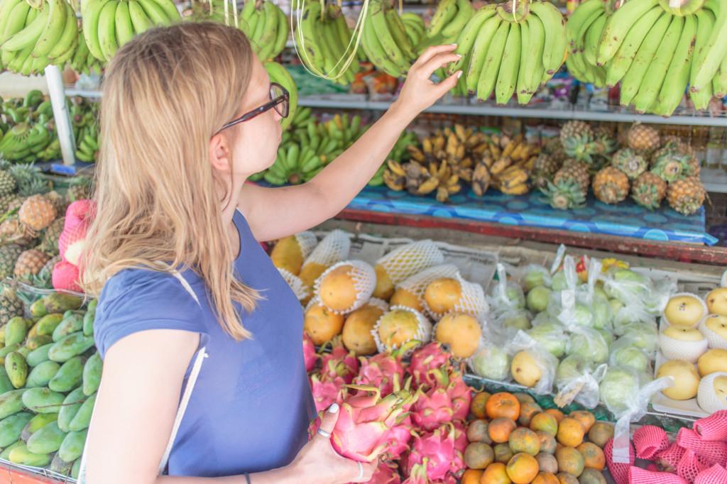 Tržnica s sadjem, Koh Lanta, Tajska