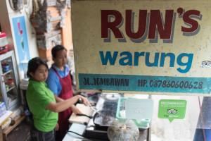 Run's warung in kuhinja na prostem