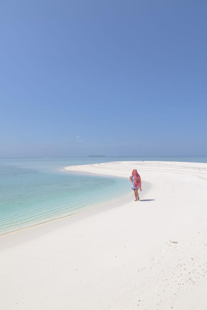 Peščena sipina na Maldivih.