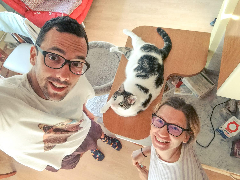 Mic in Katka doma.