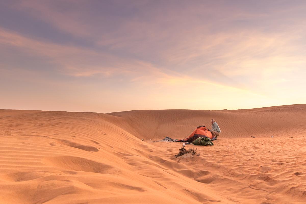Sončni zahod v puščavi, Oman